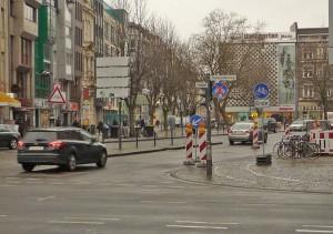 Köln im März 2015 - Radfahrer absteigen!